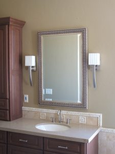 bathroom mirror in silver bubble frame